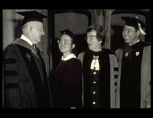 1969年,希拉里在威斯利学院的学生生涯。(Sygma/Corbis)