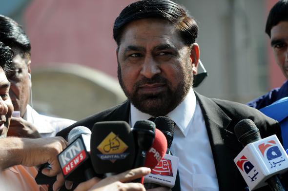 佐勒菲卡尔/这是2013年4月30日佐勒菲卡尔在巴基斯坦拉瓦尔品第接受采访的...