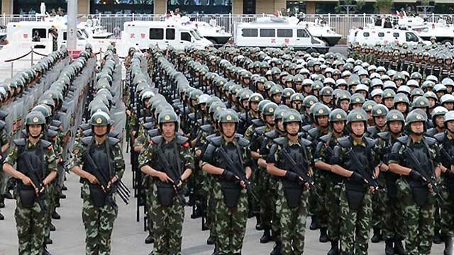 中国打出维稳组合拳 展示稳定新疆决心(图)--国