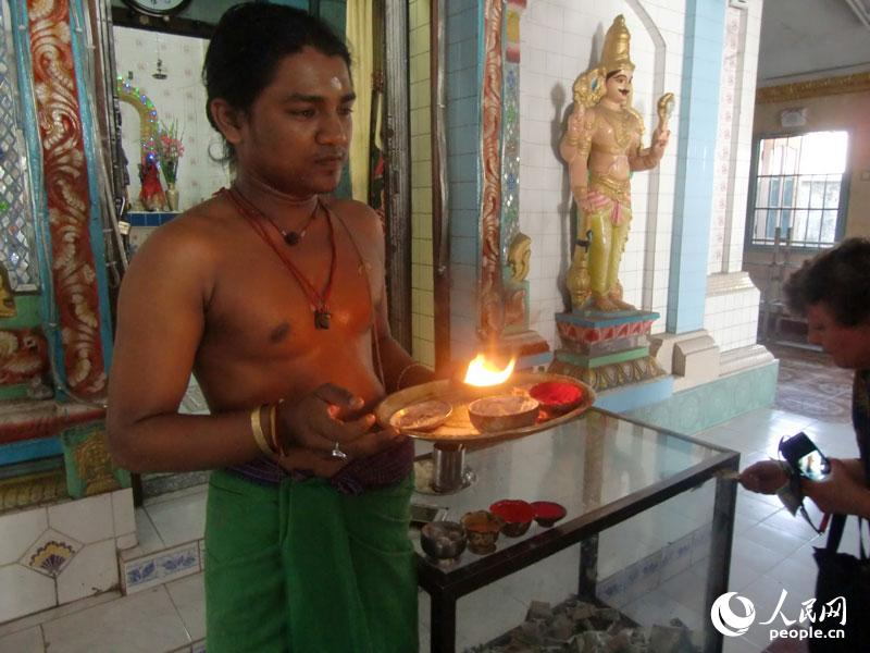 仰光/仰光的一所印度教神庙。缅甸的印度教徒约有40多万人,主要为...