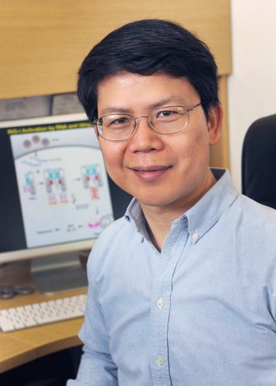 美国科学院院士陈志坚。