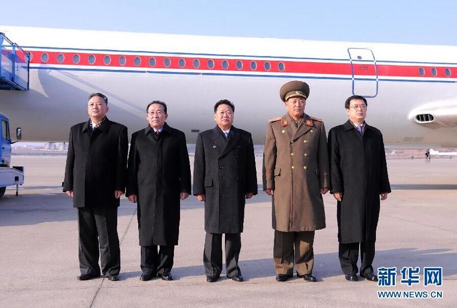 刺杀金正恩下载_朝中社11月17日提供的照片显示,朝鲜最高领导人金正恩特使,朝鲜劳动