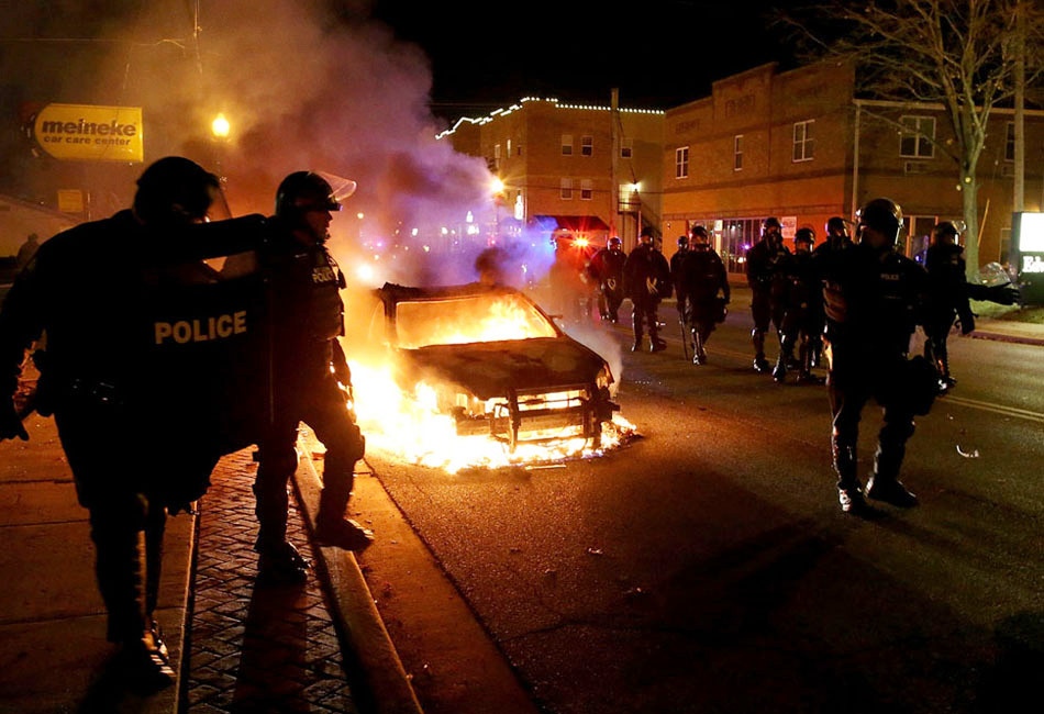 美国抗议骚乱蔓延至170个城市 奥巴马紧急讲话(组图)