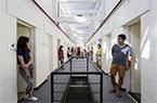 澳老监狱改成青年旅馆