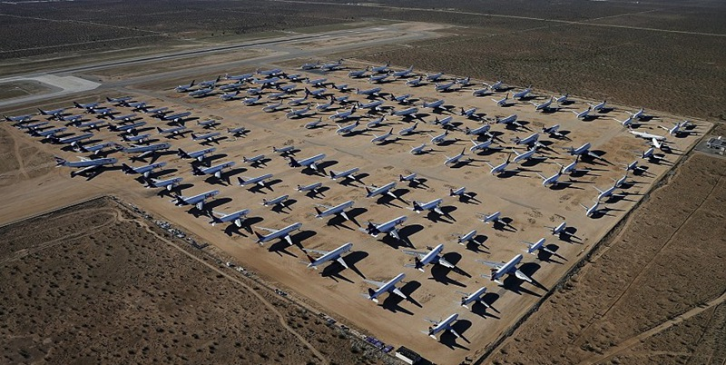 组图:美国民航墓地 大飞机终将变易拉罐