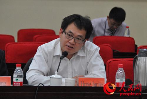 对外经贸大学国际经贸学院院长洪俊杰