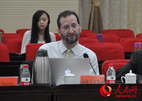 美国《经济学人》杂志北京分社社长加迪・爱泼斯坦