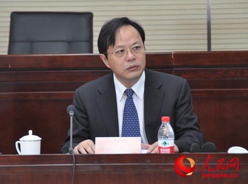中央党校副校长王东京