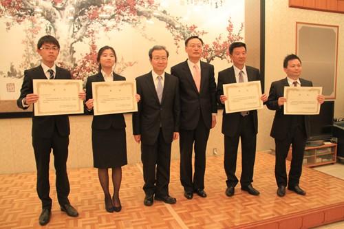 华人参与熊本救灾值得称赞 有助增进两国友谊