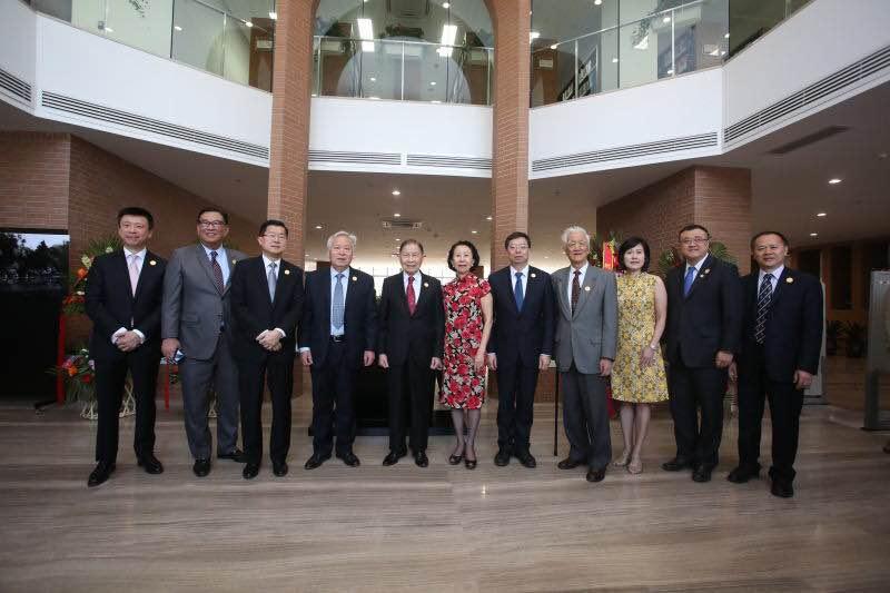 清华大学图书馆李文正馆落成典礼在京举行