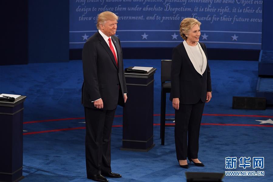 美国总统候选人进行第二场电视辩论(图)