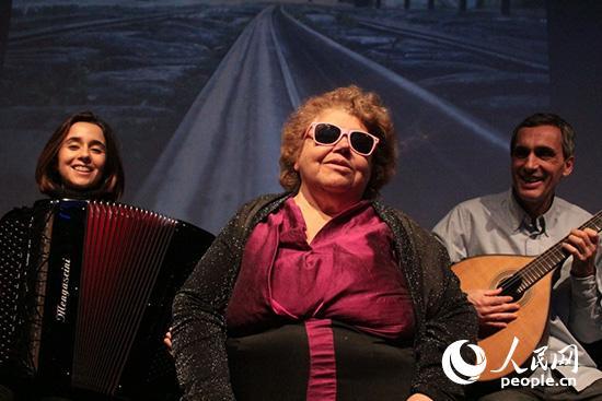 葡萄牙法多音乐灵魂歌者多娜·罗莎4月献唱北京