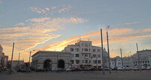 特维尔城关广场