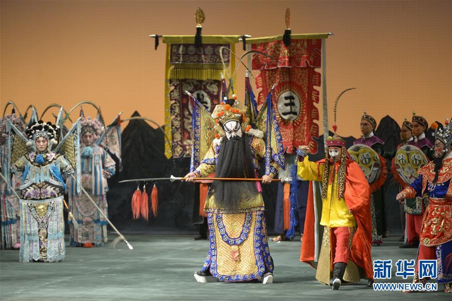 中国国家京剧院携《杨门女将》韵扬圣彼得堡【4】