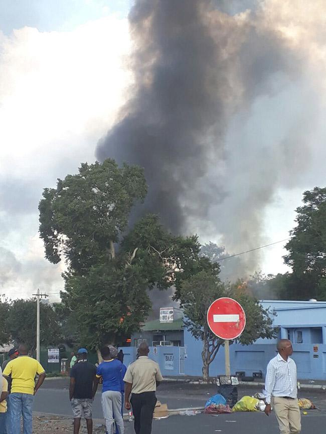 骚乱现场。(图片来源:西北省警民中心)