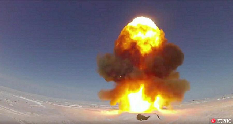 视频截图:当地时间2018年2月12日,俄罗斯国防部宣布成功试射了反导导弹,并随即发布了现场视频,现场画面震撼。(东方IC版权图片 请勿转载)