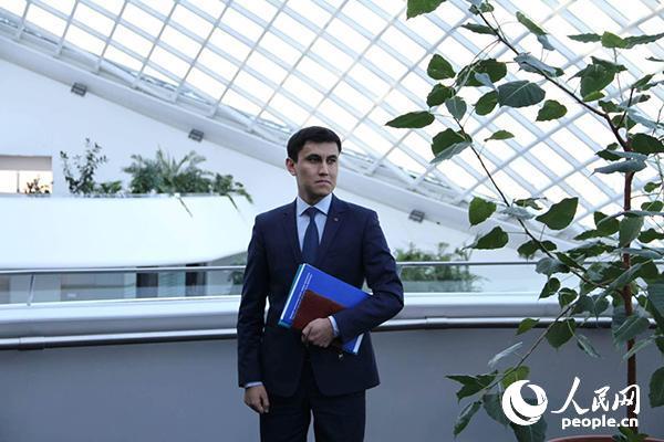 哈萨克斯坦首任总统基金会世界经济与政治研究所国际问题专家鲁斯兰・伊兹莫夫