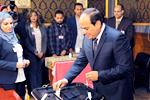 塞西再次当选埃及总统赢得97.08%有效选票,成功连任。【详细】