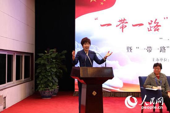 北京师范大学艺术与传媒学院教授、首都文化创新与文化传播工程研究院院长于丹(贾文婷摄影)