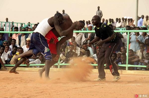 苏丹:贫穷和不安中的动容与坚强