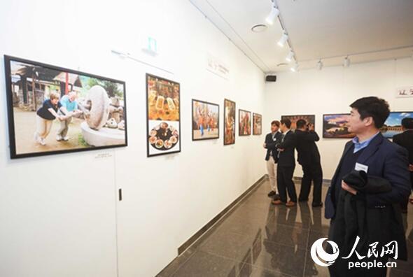 """""""今日辽宁""""主题图片展12日在韩国首尔举行。"""