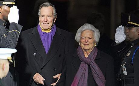 美国前总统老布什夫人逝世 终年92岁