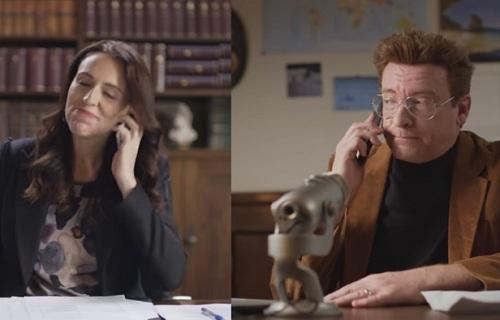 新西兰总理亲自出演搞笑短片 号召全世界游客到新西兰旅游