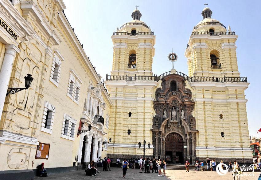 保存完好的圣弗朗西斯科修道院外景  于世文  摄