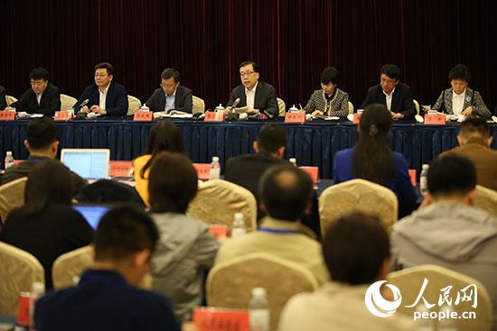 张江汀:全力冲刺以最佳状态迎接上合组织青岛峰会