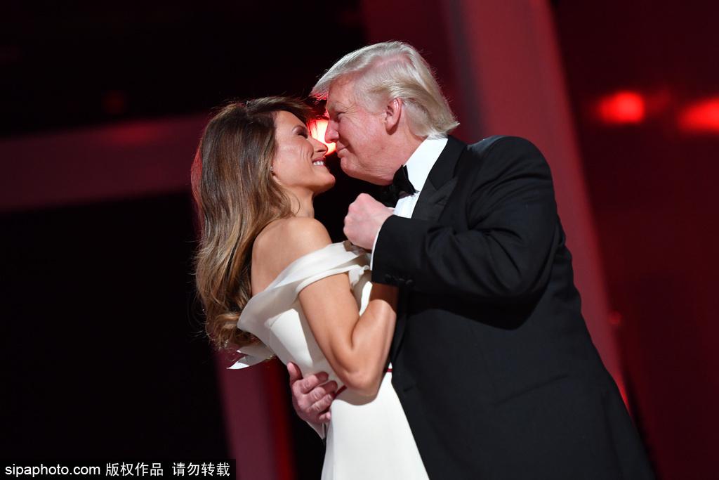 """""""520""""狗粮撒一波 国际政坛夫妻的恩爱生活"""