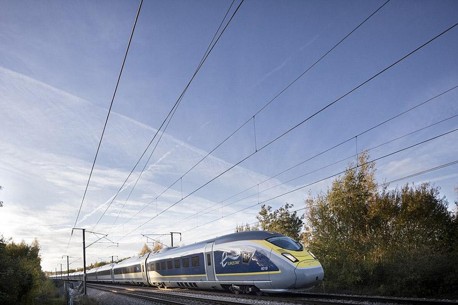 欧洲之星(Eurostar)列车开通了伦敦直通阿姆斯特丹的新路线,整个旅程只需三小时。