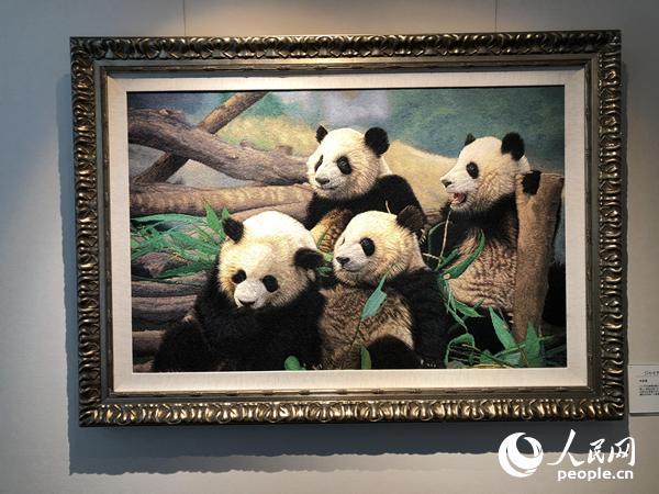 上海绒绣画工艺展首站亮相东京