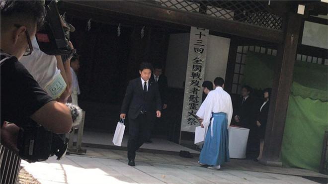 日本投降73周年纪念日 多名政客参拜靖国神社