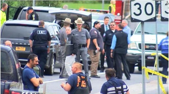 美国纽约州两车相撞致20人死亡 酿10年来最严重交通事故
