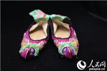 中国古代绣鞋首次海外展登陆巴黎