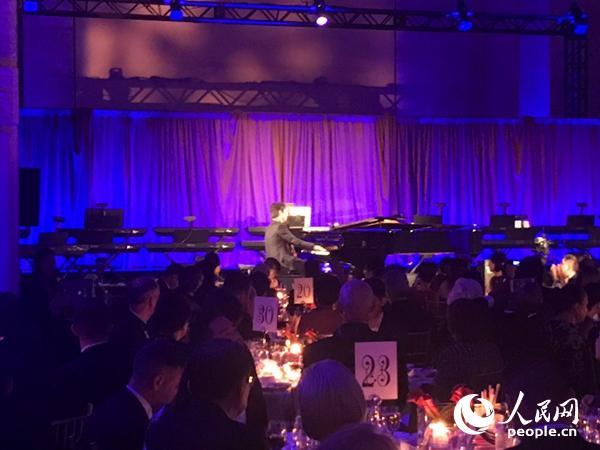 郎朗国际音乐基金会庆10岁生日在纽约举办慈善晚宴