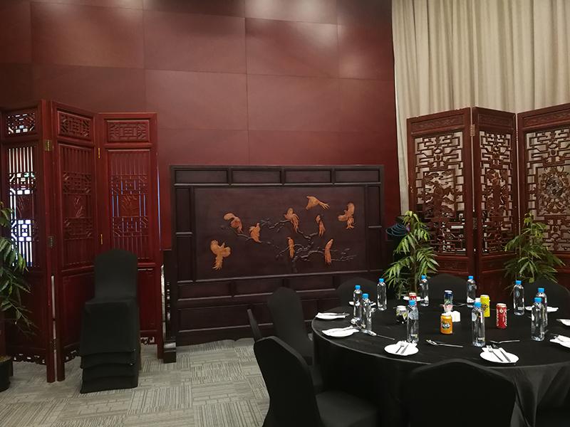 中国古典家具走进APEC大厦