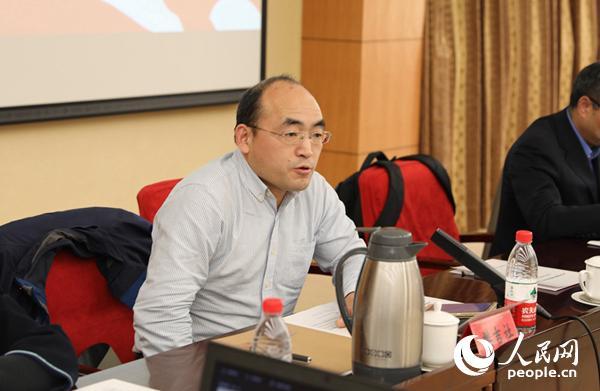 中国社会科学院美国所战略钻研室主任、钻研员樊吉社在论坛上说话 (贾文婷 摄)