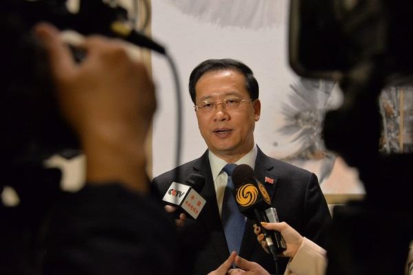 11月29日,中国常驻说相符国代外在纽约说相符国总部批准中国媒体整体采访,介绍担任本月安理会轮值主席国取得的收获。