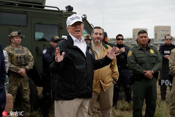 特朗普视察美墨边境称可能宣布国家紧急状态