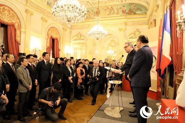 法国国民议会举行猪年春节招待会