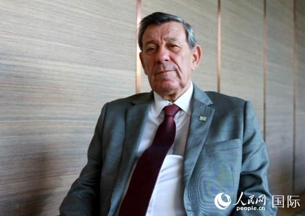 乌拉圭外长罗道尔夫・尼恩・诺瓦阿