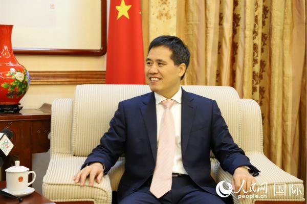 驻尼日利亚大使周平剑:中国新疆好地方