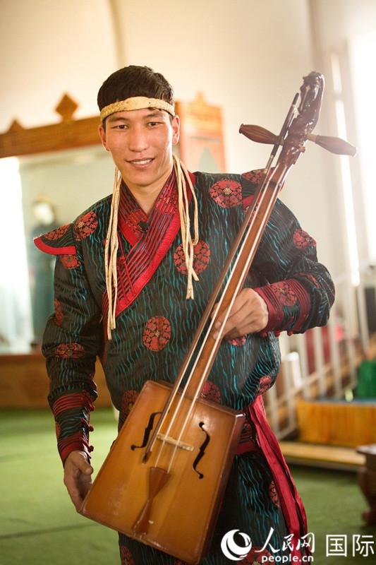 """蒙古族说唱艺术家拉西foganglao论坛敖斯尔""""不忘初心传承民族文化"""""""