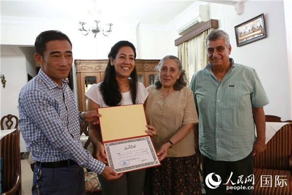 中建埃及新首都CBD项目宰牲节期间开展属地员工慰问活动