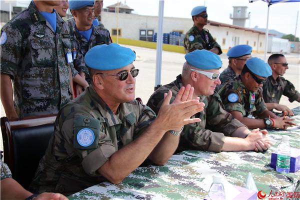 联黎部队参谋长视察我维和工兵分队并给予充分肯定