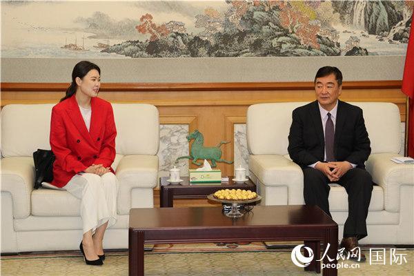 中国驻蒙古大使馆为蒙古国结核病防治事业提供帮助