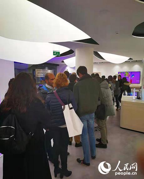 华为新款智能手机登陆西班牙【3】