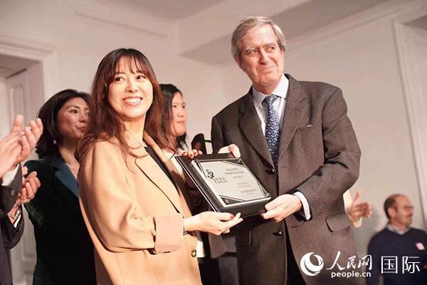 西班牙中国会举行九周年庆典活动