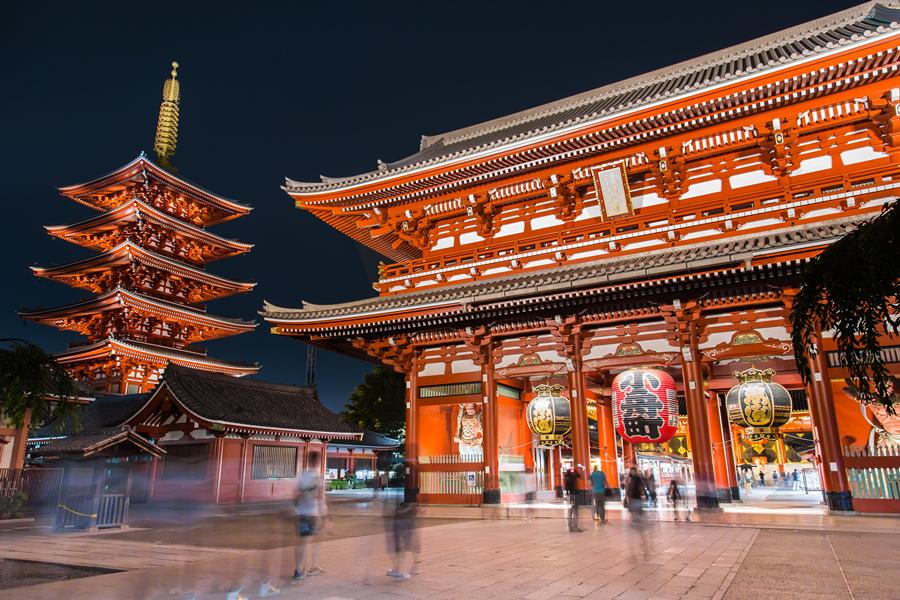 夜幕下的活力东京